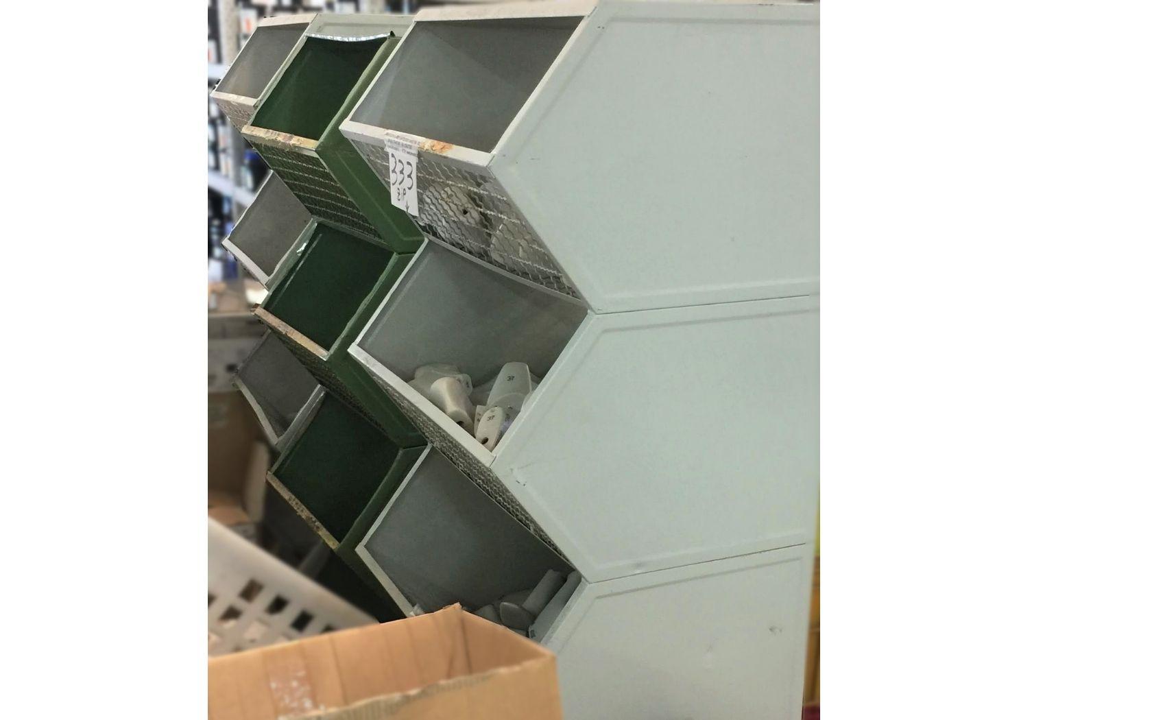 SHOES-LASTS BOX